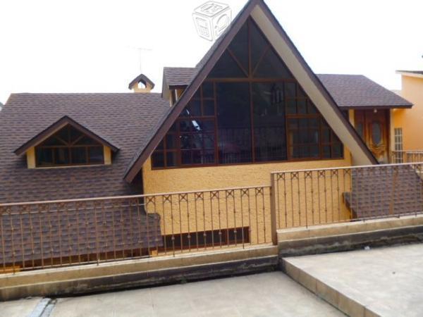 Extraodinaria casa en chiluca zona residencial