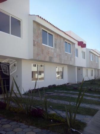Casas tipo Residencial en  Col. Nuevo