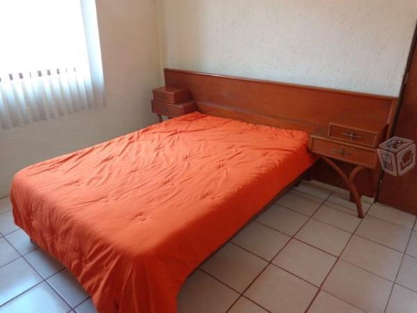 Habitación independiente con baño en la recta