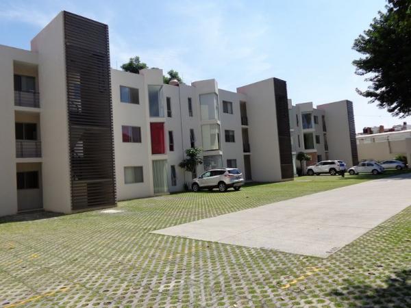 Departamento en Condominio Vertical Lomas Selva
