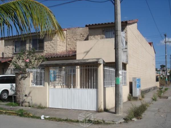 Renta casa 3 recamaras 2 baños cerca de tamsa