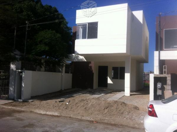 Se vende casa nueva en las huertas