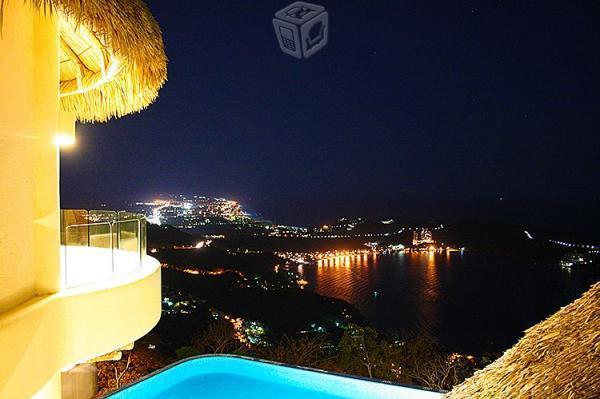 Villa Bellagio, La Cima, Acapulco. Amplia, vista