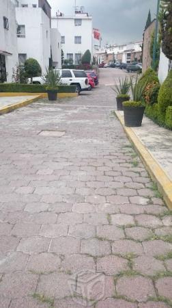 Condominio horizontal en Lomas de Centenario