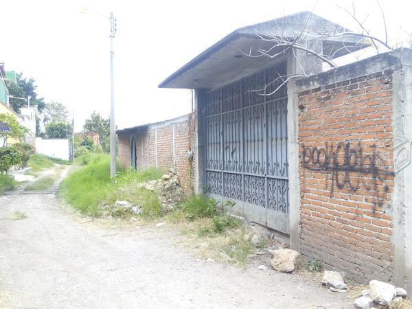 Casa 500m bardeada, Bto Juarez. E.Zapata