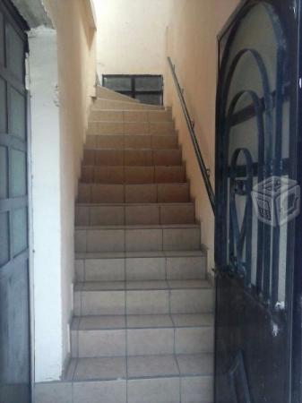 Casa con taller en Villa Universidad, atrás de CU