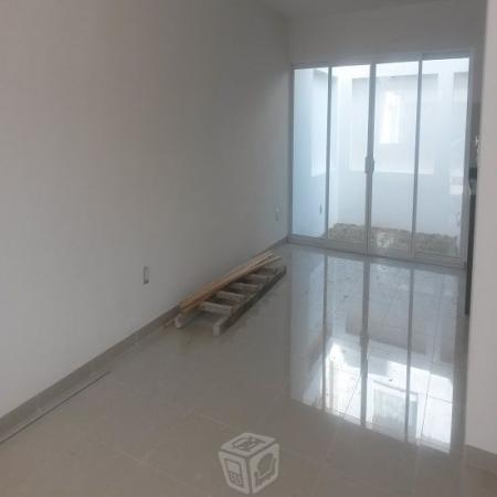 Nueva casa Sola, en Milenio III, 3 recamaras, estu