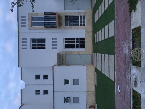 El Dorado casa en renta modelo mercedes