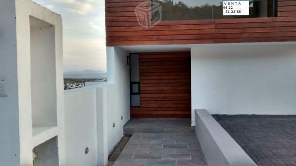 Hermosa casa en Lomas de Juriquilla