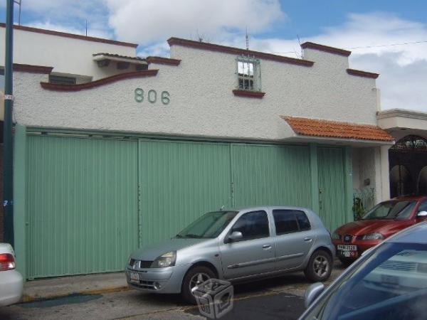Casa cerca del Bosque Cuahutemoc