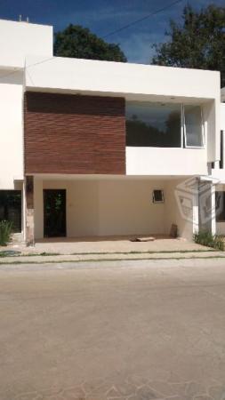Casa residencial ,segura y centrica en