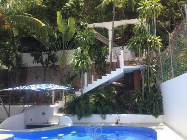 Rinconada las Brisas Residencia alberca bungalow