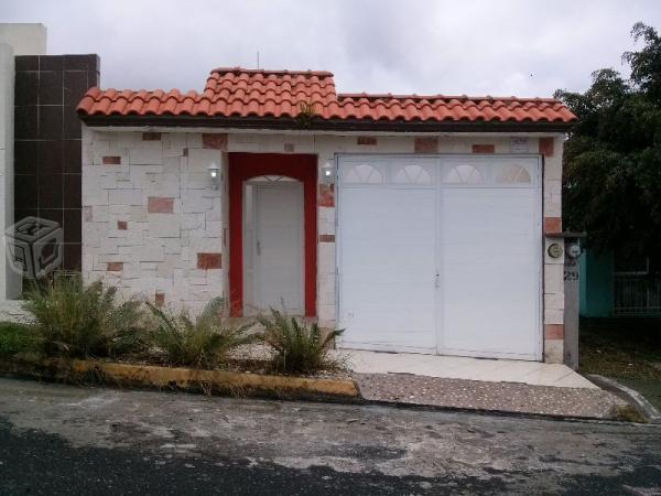 Hermosa casa ubicada en Miradores del mar. 2 recam