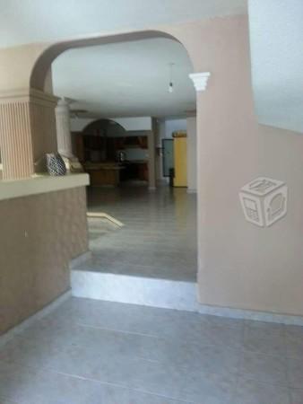 Se Renta casa con area de oficinas en el centro