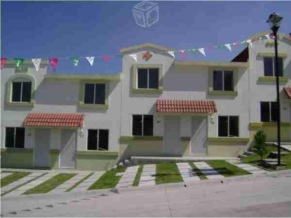 CASA Residencial en calle privada de 3 rec y 2 bañ