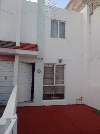 Rento casa Parques del Auditorio  Cucea
