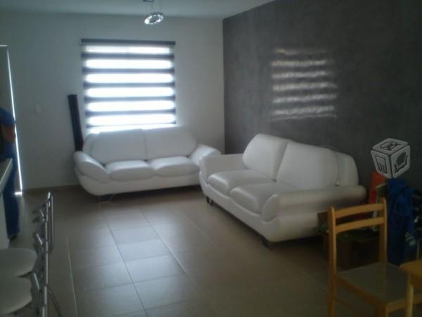 Hermosa y muy segura casa en Tecamac