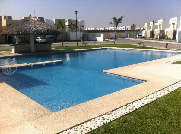Hermosa Casa Residencial con Albercas y Playa Mty