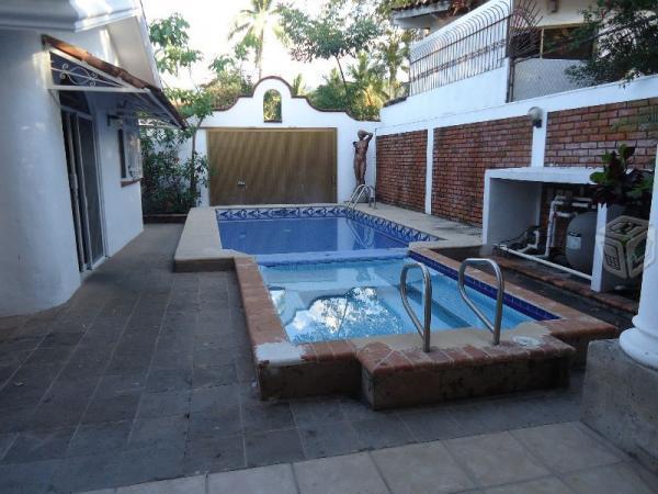 Casa Grande,3 rec.,alberca,bungalow,7 baños