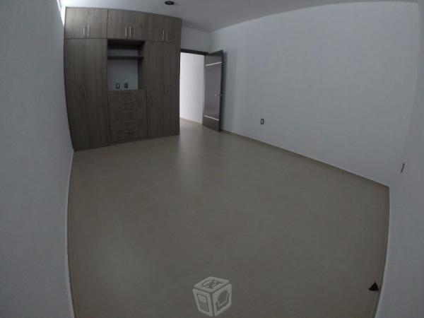 Imponente casa nueva en residencial corinto