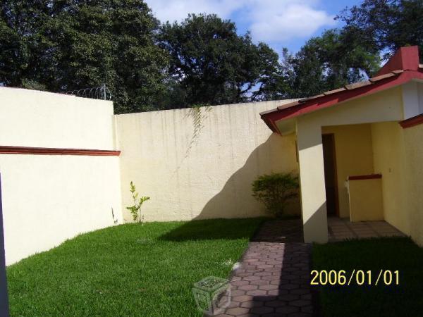 Nueva CASA 4 rec,5 baños amplio jardin