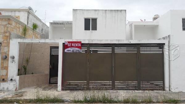 Se renta casa real montejo semiamueblada 3 rec