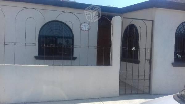 Casa amplia y bien ubicada en renta (no amueblada)