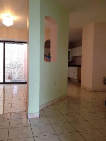 Rento Casa en Ave.Guadalupe y Periferico
