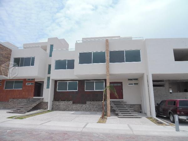 Casa minimalista sola planta brick7 propiedad for Casa minimalista 300m2