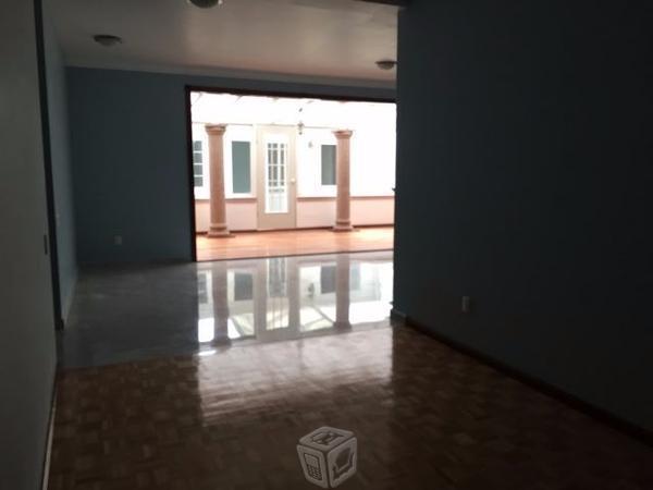 Amplio departamento con terraza en colonia Juárez
