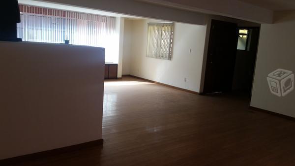 Condominio de 2 departamento en venta