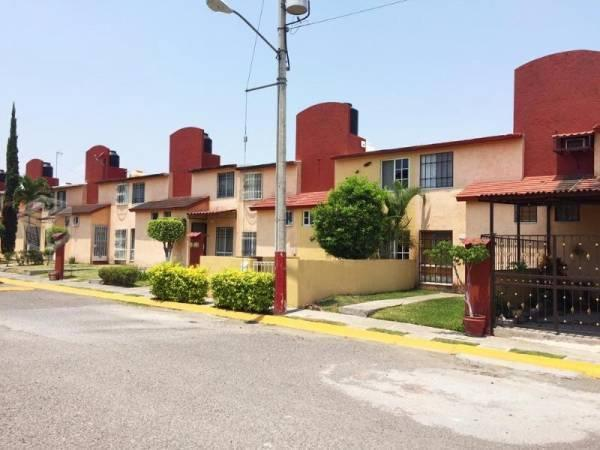 casa en el Fraccionamiento Villas de Xochit