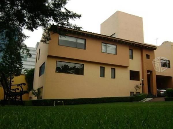 Residencia en renta Col. Las Águilas