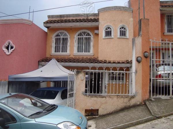 Casa cerca comercial mexicana solo contado