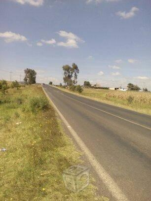 Terreno a pie de carretera