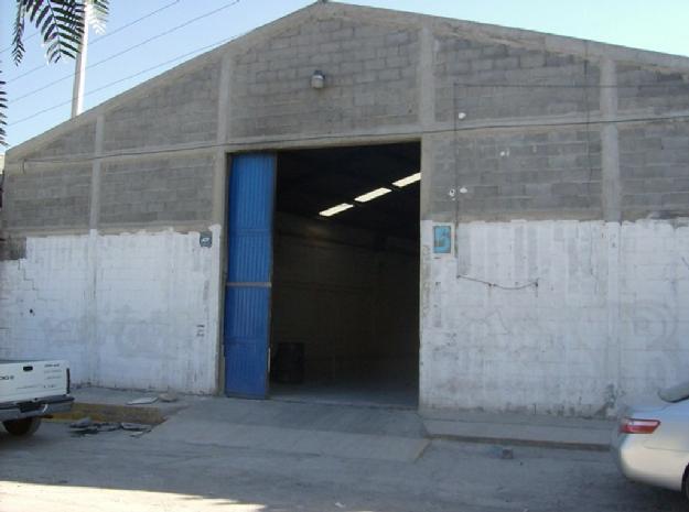Bodega comercial en Saltillo Zona Centro, Saltillo